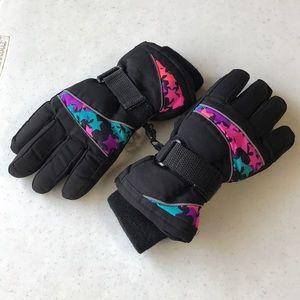 2/$5 Winter gloves small girls